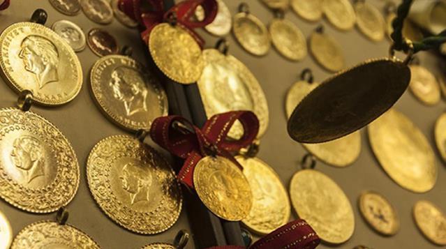 Yeni haftaya düşüşle başlayan altının gram fiyatı 489 liradan işlem görüyor